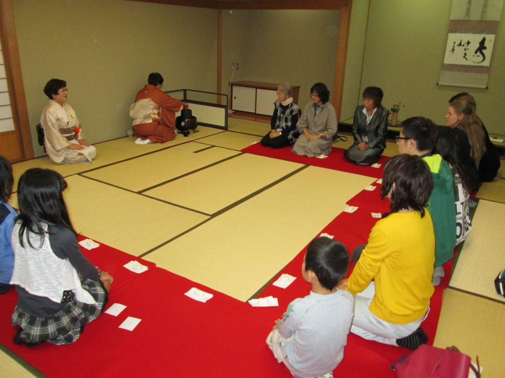 hitachi-international12-02